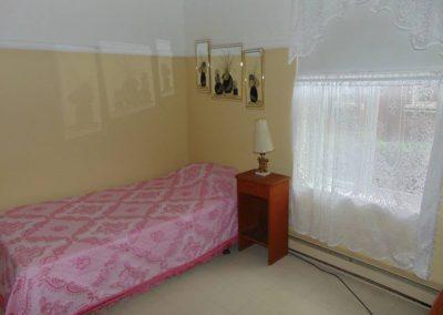 Chambre lit pour personnes agées - La Maison d'Elohim Résidence St-Hyacinthe