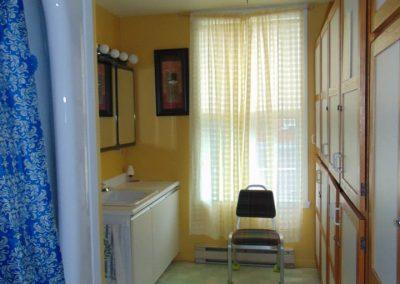 Salle de bain résidence pour personnes agées - La Maison d'Elohim Résidence St-Hyacinthe